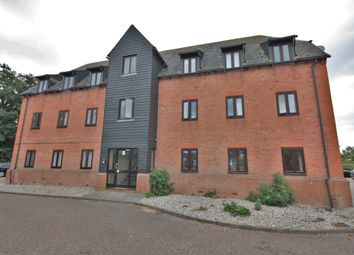 2 bed flat to rent in Canvey Walk, Chelmsford CM1