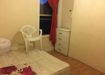 Thumbnail Room to rent in Plaistow Road, Stratford, London