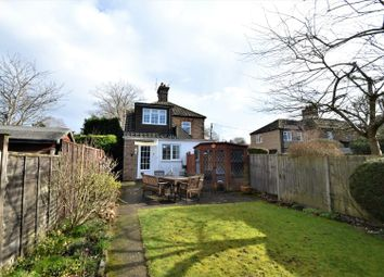 Rowcroft Close, Ash Vale, Aldershot GU12. 3 bed cottage for sale