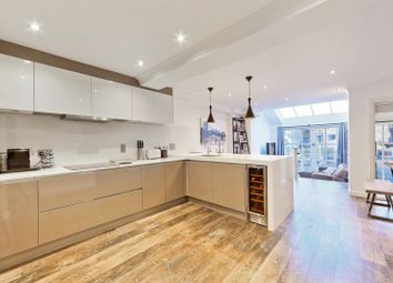 Thumbnail 2 bedroom flat for sale in Burrell's Wharf Square, Canary Wharf, London