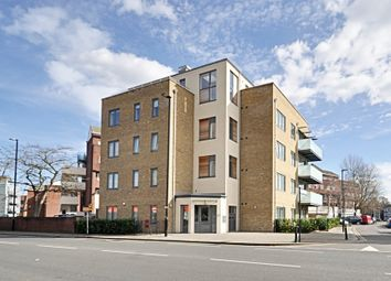 Thumbnail 2 bed flat to rent in London Road, Brentford