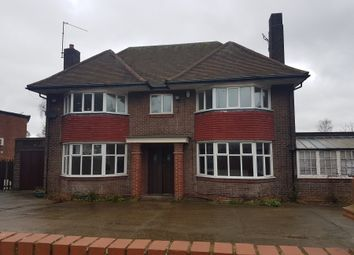 Thumbnail 4 bed detached house to rent in Swanston Grange, Dunstable Road, Luton