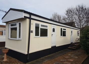 Thumbnail 1 bed mobile/park home for sale in Subrosa Park, Merstham, Redhill