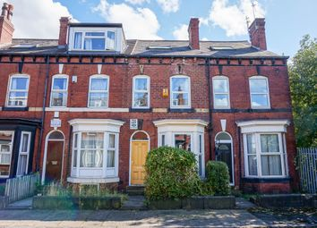 Thumbnail 3 bed flat to rent in Ashville Grove, Leeds
