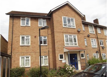 Thumbnail 1 bed flat to rent in Thornhill Gardens, London