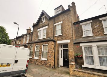Thumbnail 3 bed flat to rent in Felix Road, West Ealing