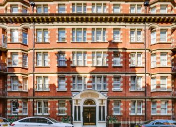 Thumbnail 4 bed flat for sale in Clarence Gate Gardens, Glentworth Street, Marylebone, London