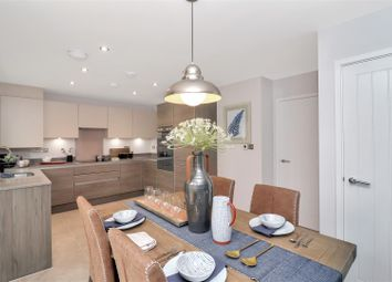 Thumbnail 4 bed detached house for sale in Upper Bourne End Lane, Hemel Hempstead
