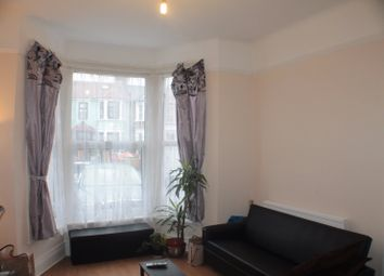 1 bed flat to rent in Mayfair Avenue, Ilford IG1