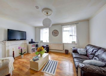 Thumbnail 3 bed flat for sale in Clapham Road Estate, London