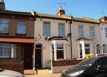 Thumbnail 1 bedroom flat for sale in Evesham Road, London