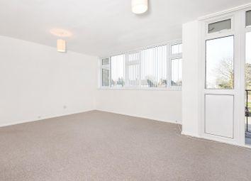 Thumbnail 2 bedroom flat to rent in Fulmer Road, Gerrards Cross