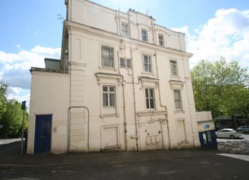 Thumbnail 2 bed flat to rent in Mount Pleasant Road, Tunbridge Wells