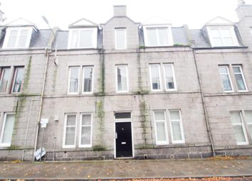 2 bed flat to rent in Wallfield Crescent, Top Left AB25