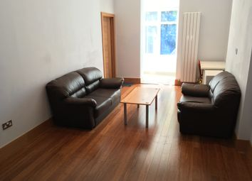 2 bed flat to rent in Gordon Road The Avenue Area, Ealing W13