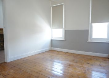 Thumbnail 3 bed maisonette to rent in Clarence Road, Grays