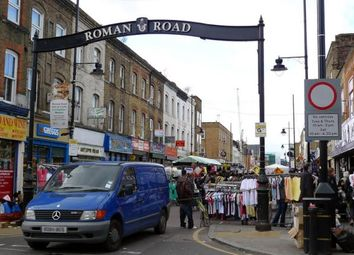 Thumbnail Retail premises to let in Roman Road - Bow, London