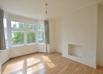 Thumbnail 3 bedroom flat to rent in Lightcliffe Road, Palmers Green