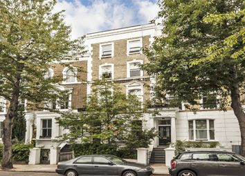 Thumbnail 2 bed flat to rent in Blenheim Crescent, London