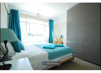 Thumbnail Room to rent in St. Leonards Road, Windsor