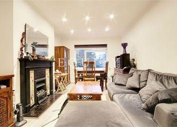 2 bed maisonette to rent in Lyndhurst Gardens, Enfield EN1