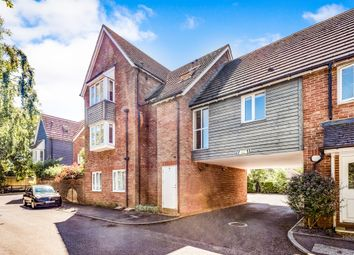 Thumbnail 2 bed flat for sale in Limmings Lane, Thame