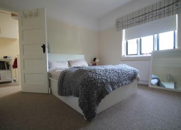 Thumbnail 1 bed flat to rent in Commercial Square, Haywards Heath