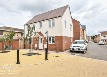 Christopher Garnett Chase, Stanway, Colchester CO3. 3 bed detached house