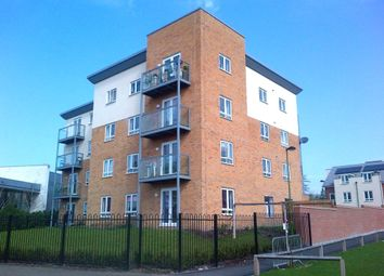Thumbnail 2 bed flat to rent in Todd Close, Borehamwood, Hertfordshire
