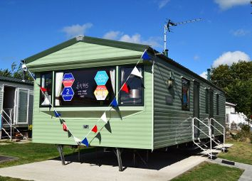Thumbnail 2 bed mobile/park home for sale in Vacation, Tarka Holiday Park, Ashford Rise, Barnstaple