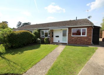 Thumbnail 3 bedroom bungalow to rent in Tythe Piece, Fenstanton, Huntingdon
