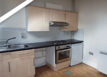 2 bed flat to rent in Norfolk Street, Leicester LE3