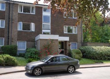 Thumbnail 1 bed flat to rent in Freethorpe Close, London