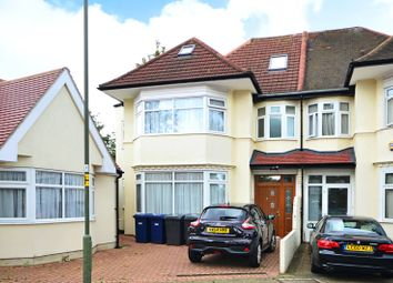 Thumbnail 3 bed flat to rent in Garrick Avenue, Golders Green