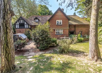 New Road, Langley, Maidstone ME17. 5 bed detached house
