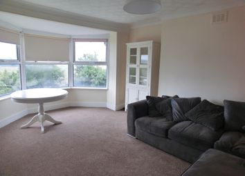 2 bed flat to rent in Burch Road, Northfleet, Gravesend DA11