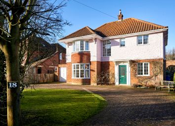 Thumbnail 4 bed detached house for sale in Ringsfield Road, Beccles
