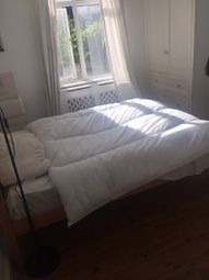 Thumbnail 4 bed shared accommodation to rent in Sidney Street, Whitechapel