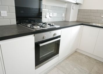 Thumbnail 2 bedroom flat to rent in Green Lane, Seven Kings