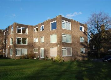 Thumbnail 2 bedroom flat to rent in North Park Avenue, Roundhay, Leeds