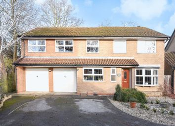 Thumbnail 5 bed detached house for sale in Stevenson Drive, Abingdon