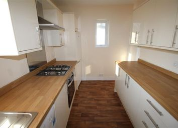Thumbnail 3 bed flat to rent in Brereton Road, London