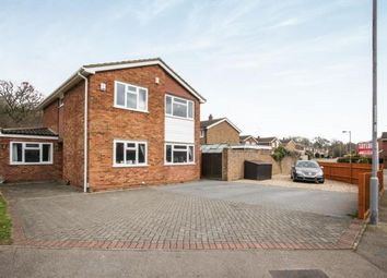 Thumbnail 4 bedroom detached house for sale in Brompton Close, Luton, Bedfordshire