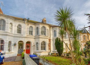 Thumbnail 2 bedroom flat for sale in South Farm Road, Worthing, West Sussex