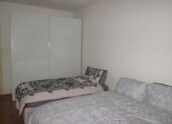 Thumbnail Room to rent in Queensway, London