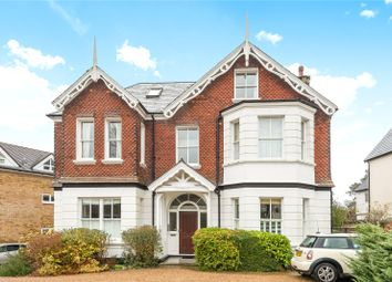 Thumbnail 2 bed flat for sale in Granville Road, Sevenoaks