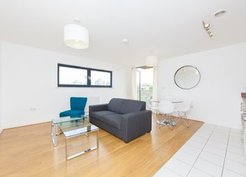 1 bed flat to rent in Shepherd Court, Annabel Close, Poplar E14