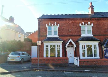 3 bed end terrace house to rent in Bearwood Road, Smethwick B66