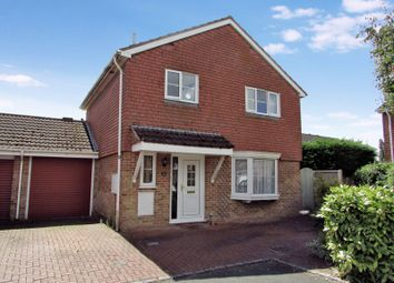 Thumbnail 3 bed detached house for sale in Druce Way, Thatcham