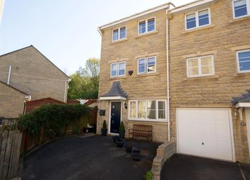 Thumbnail 3 bed town house for sale in Farfield Rise, Brighouse